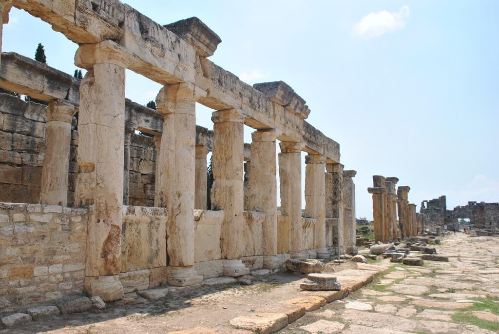 Via Plateaia, Hierápolis