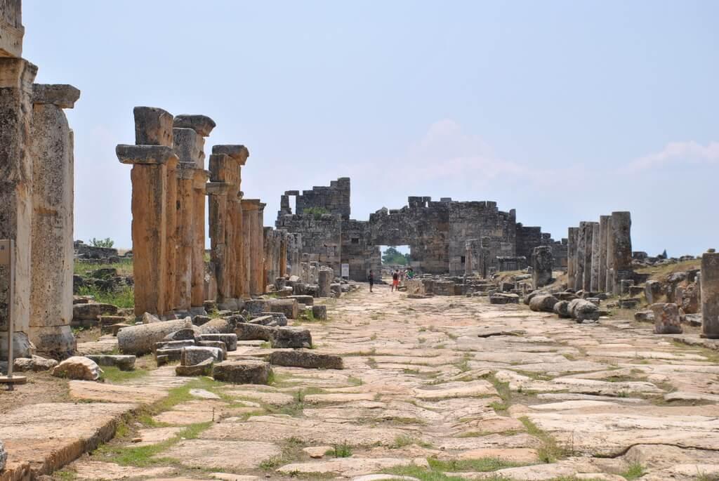 Via Plateia, Hierápolis