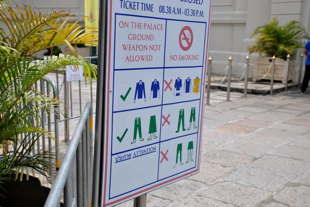 acceso al Gran Palacio de Bangkok