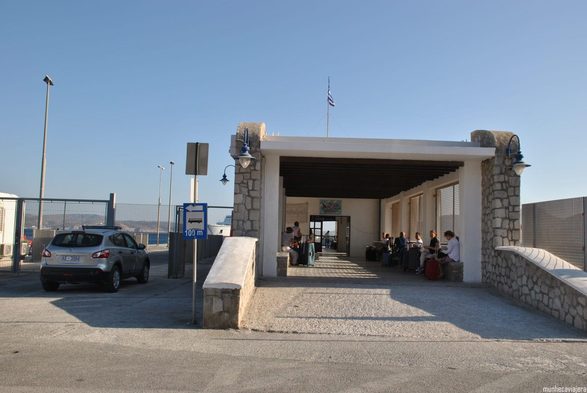 puerto de Milos