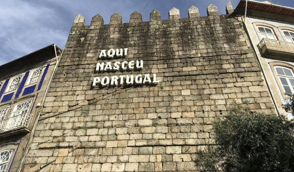 GUIMARÃES, LA CIUDAD DONDE NACIÓ PORTUGAL